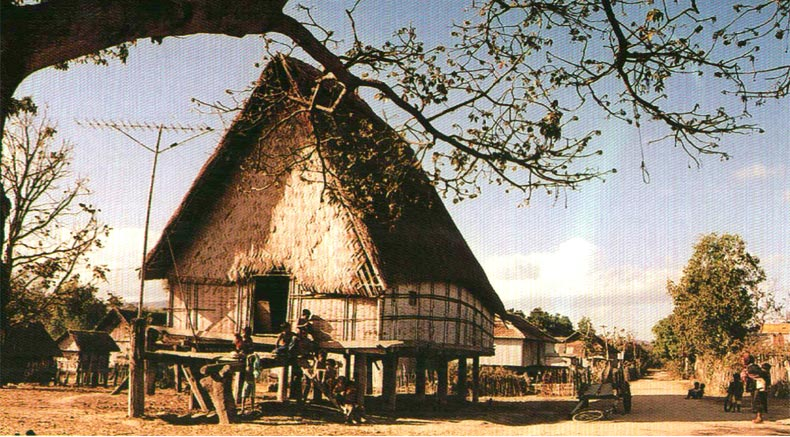 Gia Rai Gemeng Haus - Holylandvietnamstudies.com
