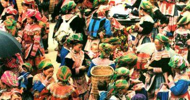 H'MONG bendruomenė iš 54 etninių grupių Vietname